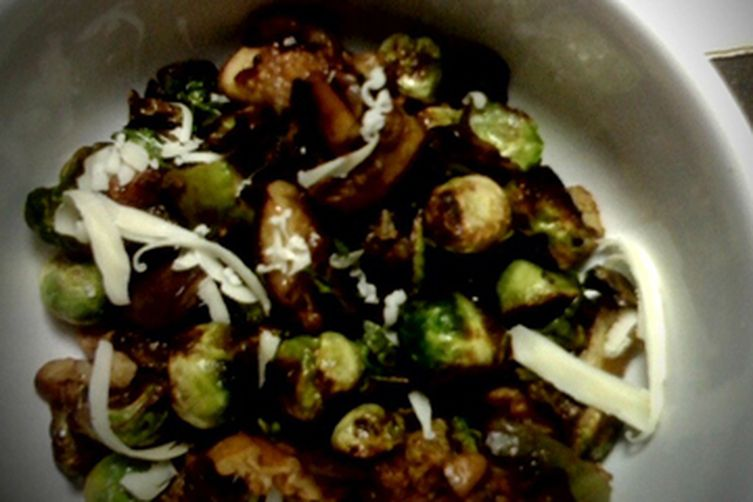 One Pan Sage & Savory Baby Brussels with Figs, Pecans + Sharp Cheddar 1