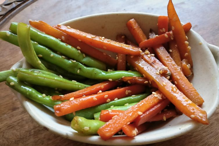 Japanese style Sesame Beans andCarrot 1