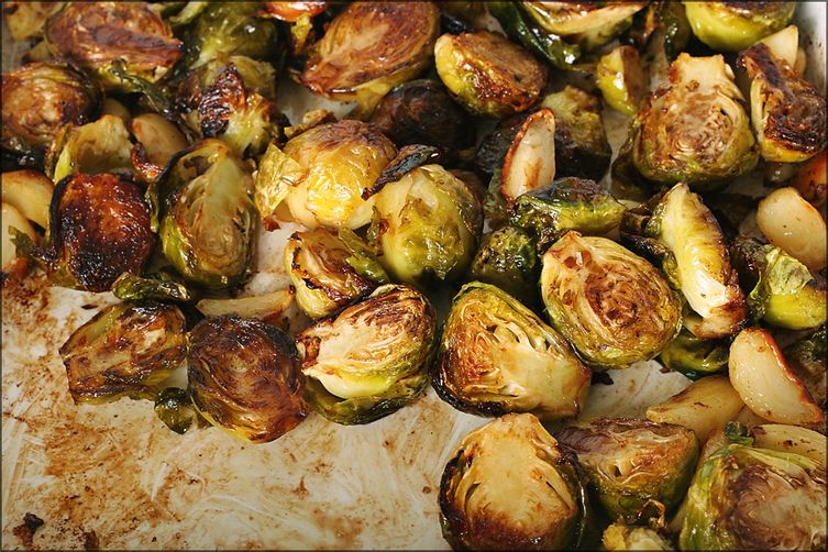 Balsamic Roasted Brussels Sprouts 1