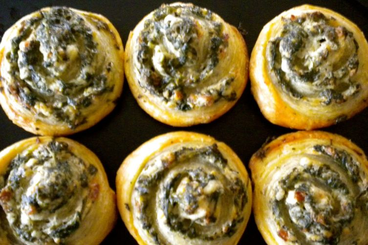 Little SpinachPinwheels 1