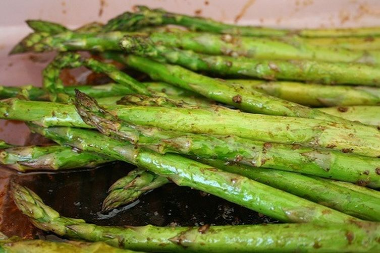Roasted Asparagus and MelonSalad 1