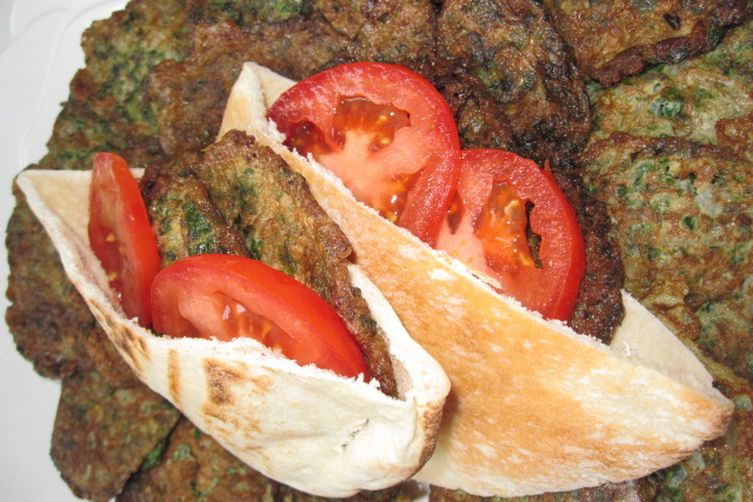 Parsely Fritatta Pita Sandwiches ( EjjehBakdounez) 1