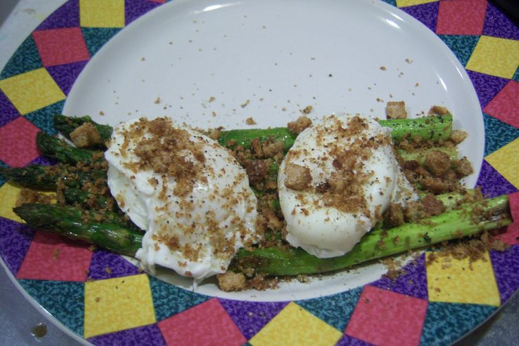 Tender Asparagus with Soft Poached Eggs, Mexican Tarragon and Italian BreadCrumbs 1