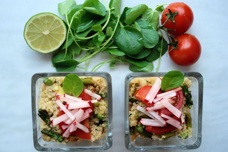 Asparagus, Avocado, and Caramelized OnionQuinoa 1