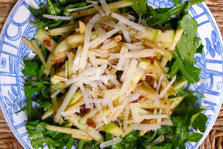 APPLES WITH ALMONDS, BACON AND PECORINO ON A BED OF ARUGULA
