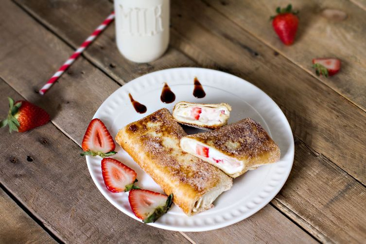 Mexican Strawberry CheesecakeChimichangas 1