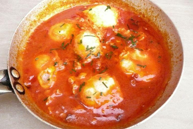 Tuscan Tomato PoachedEggs 1