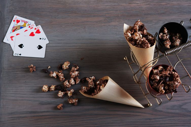 Chocolate and sour cherry popcornclusters 1