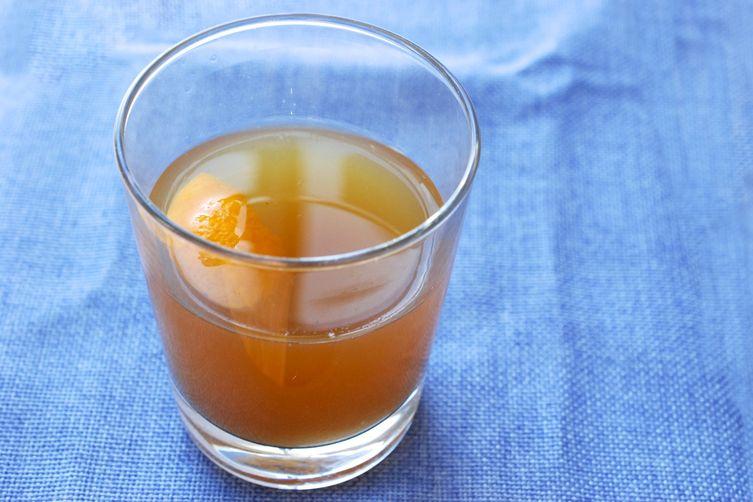 Vanilla-Pear BourbonCocktail