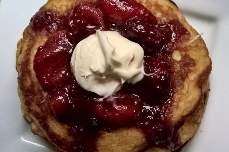 Buttermilk Pancakes with Balsamic BerryCompote 1